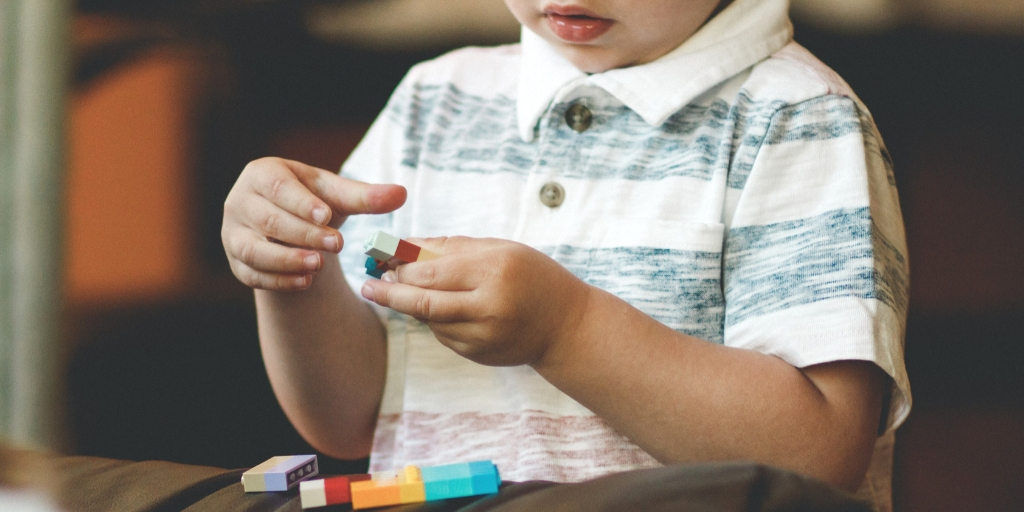 How to Keep Kids Busy {Without Spending A Fortune}